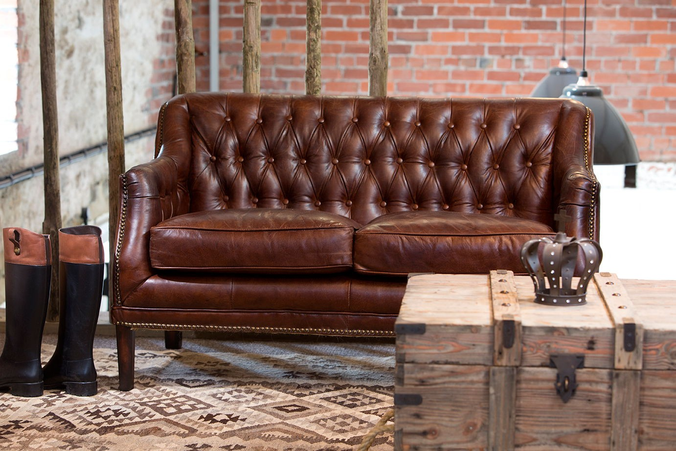 vintage brown leather sofa images galleries with a bite. Black Bedroom Furniture Sets. Home Design Ideas