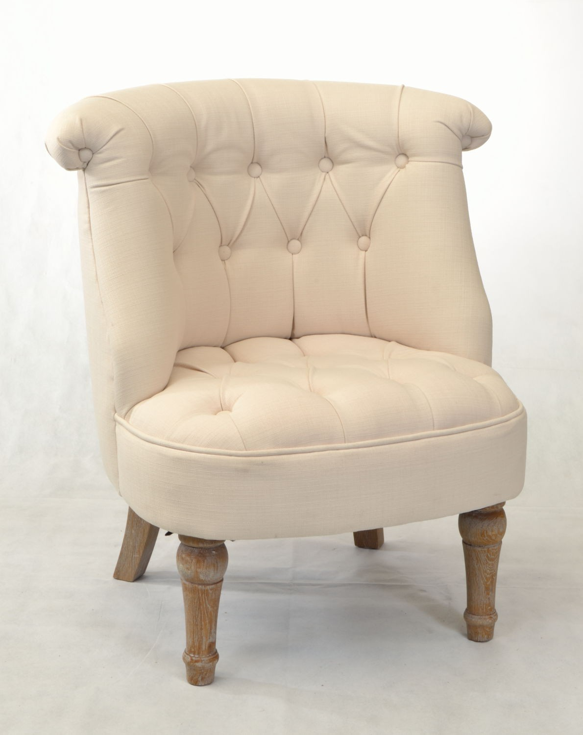 buy a small bedroom chair for an accent piece to your room 17357 | 390